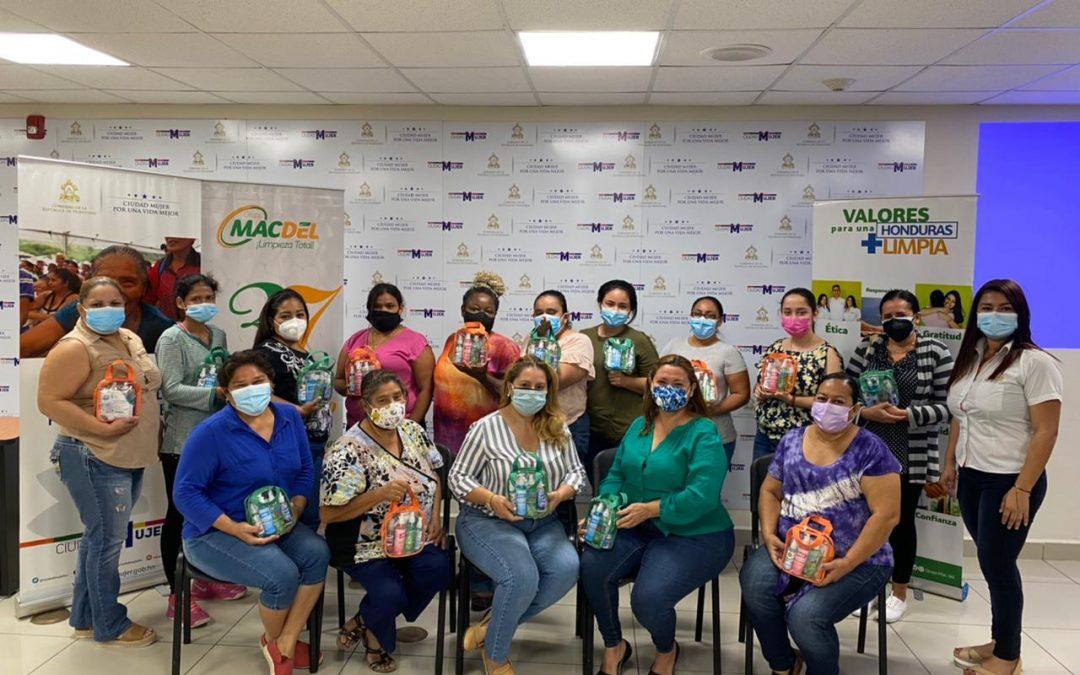 Certificación de Procesos en Limpieza Especializada a Microempresarias de Ciudad Mujer, San Pedro Sula, Honduras
